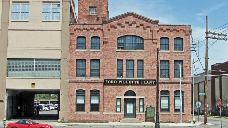 Ford motor company piquette avenue plant for Ford motor company detroit mi